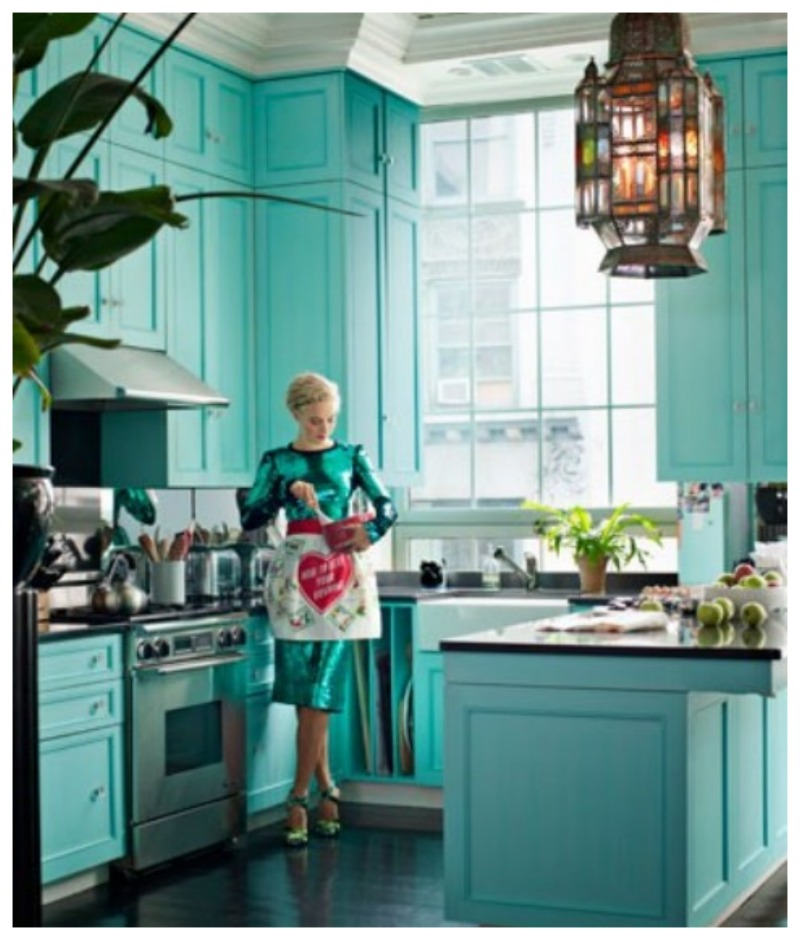 Dining room inspiration nomad luxuries for Tiffany blue kitchen ideas