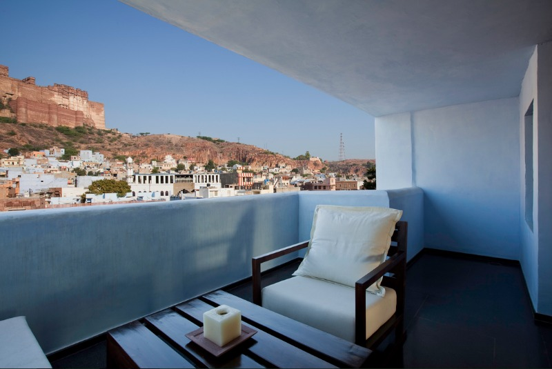 balcony view raas 800