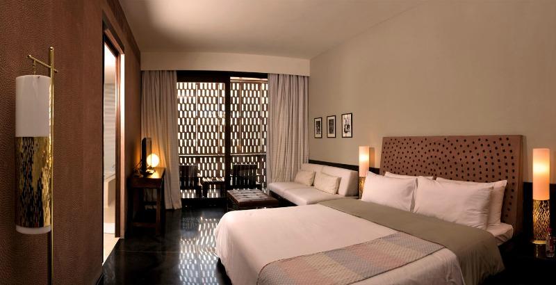 bedroom again raas