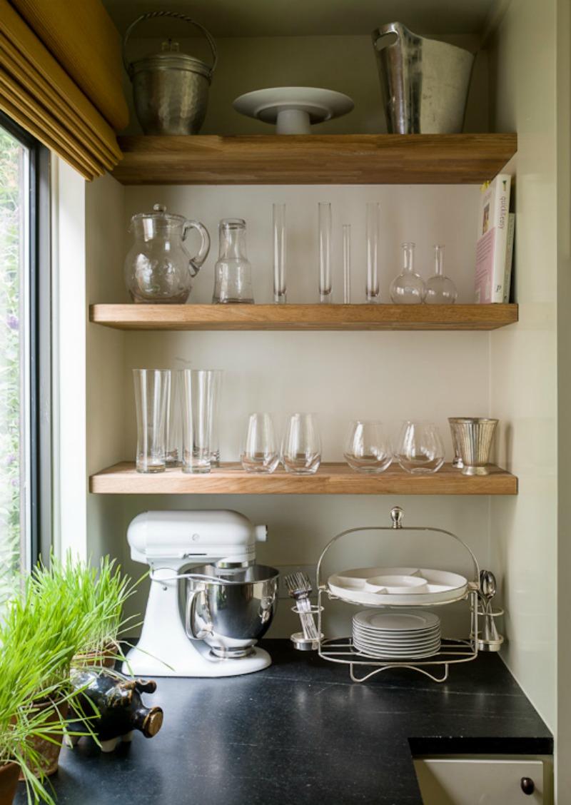 Kitchen envy from lauren liess nomad luxuries for Kitchen design open shelves