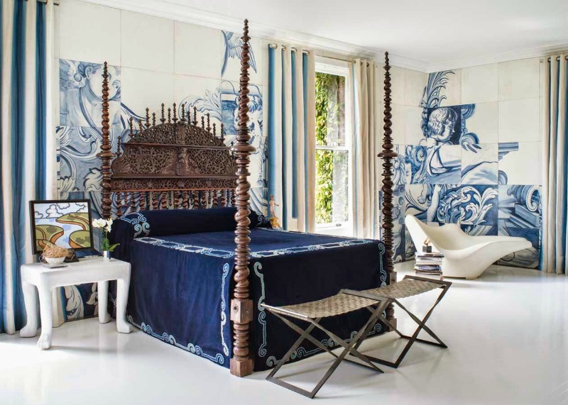 blue bed 800