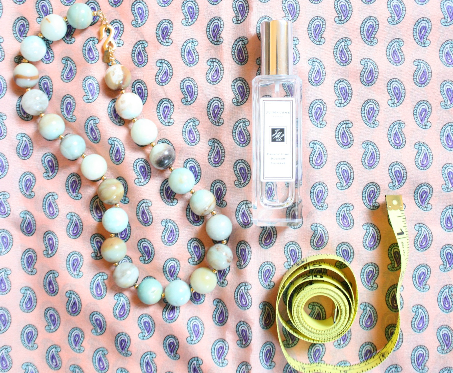 scents and baubles