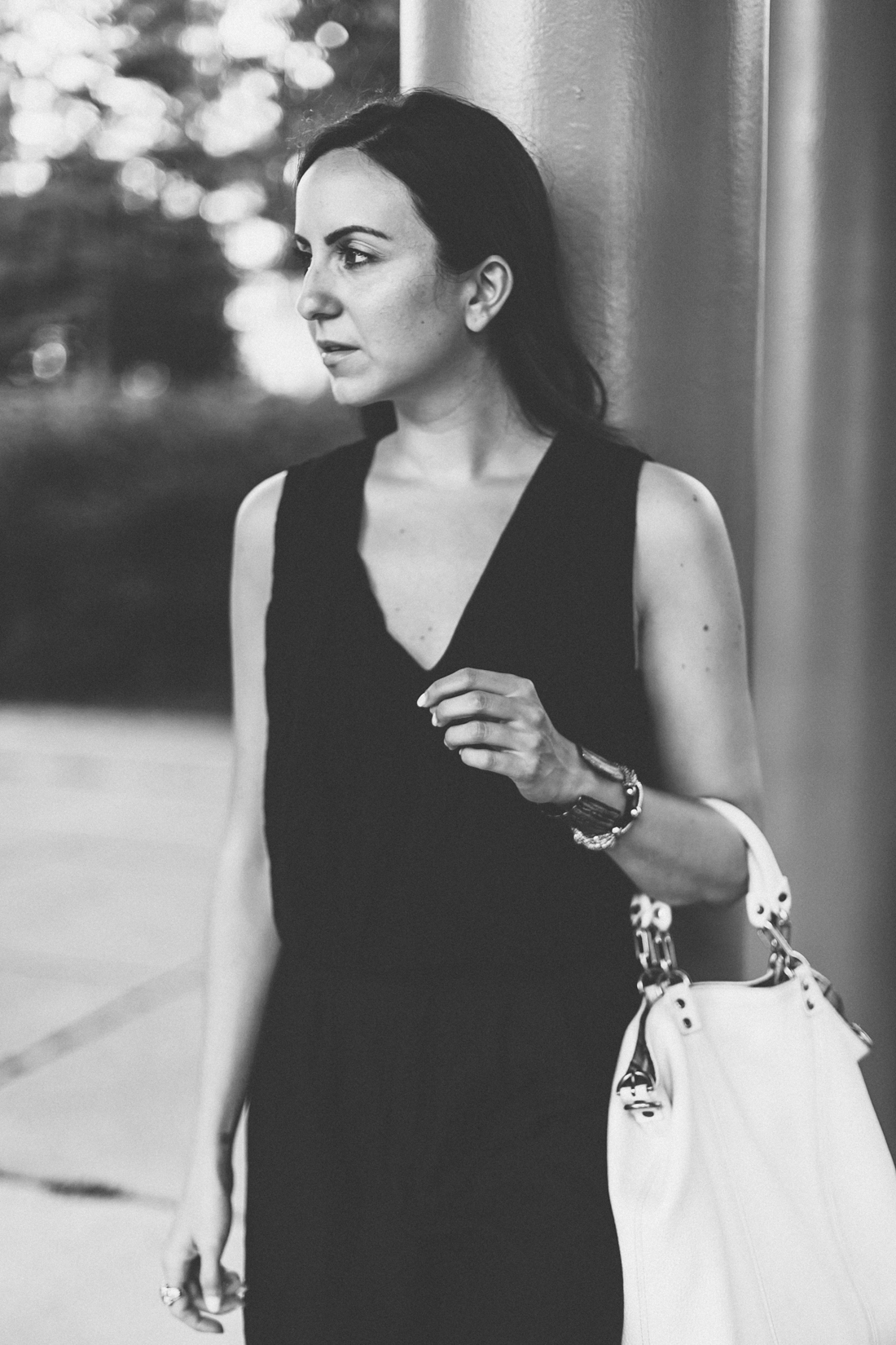 Yana Puaca from NoMad Luxuries minimal black and white photos in Chicago