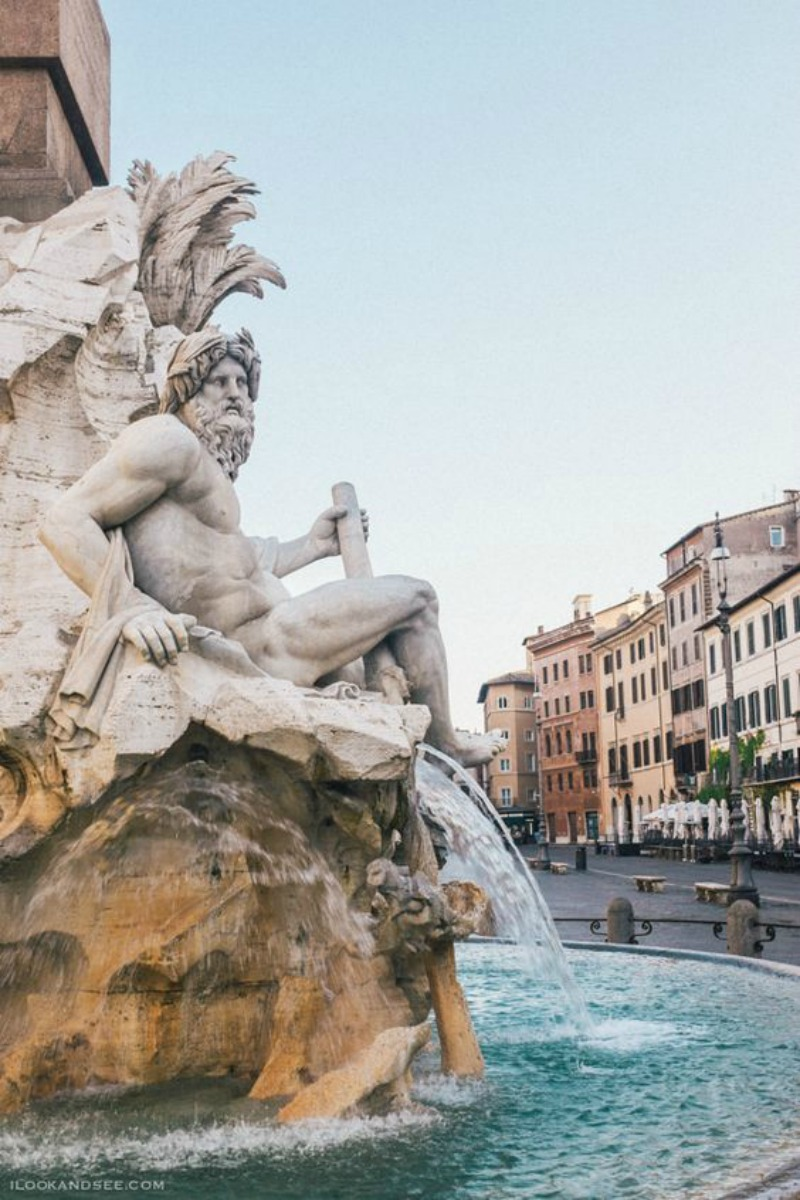 NoMad Luxuries Piazza Navona and the fountains of Italy