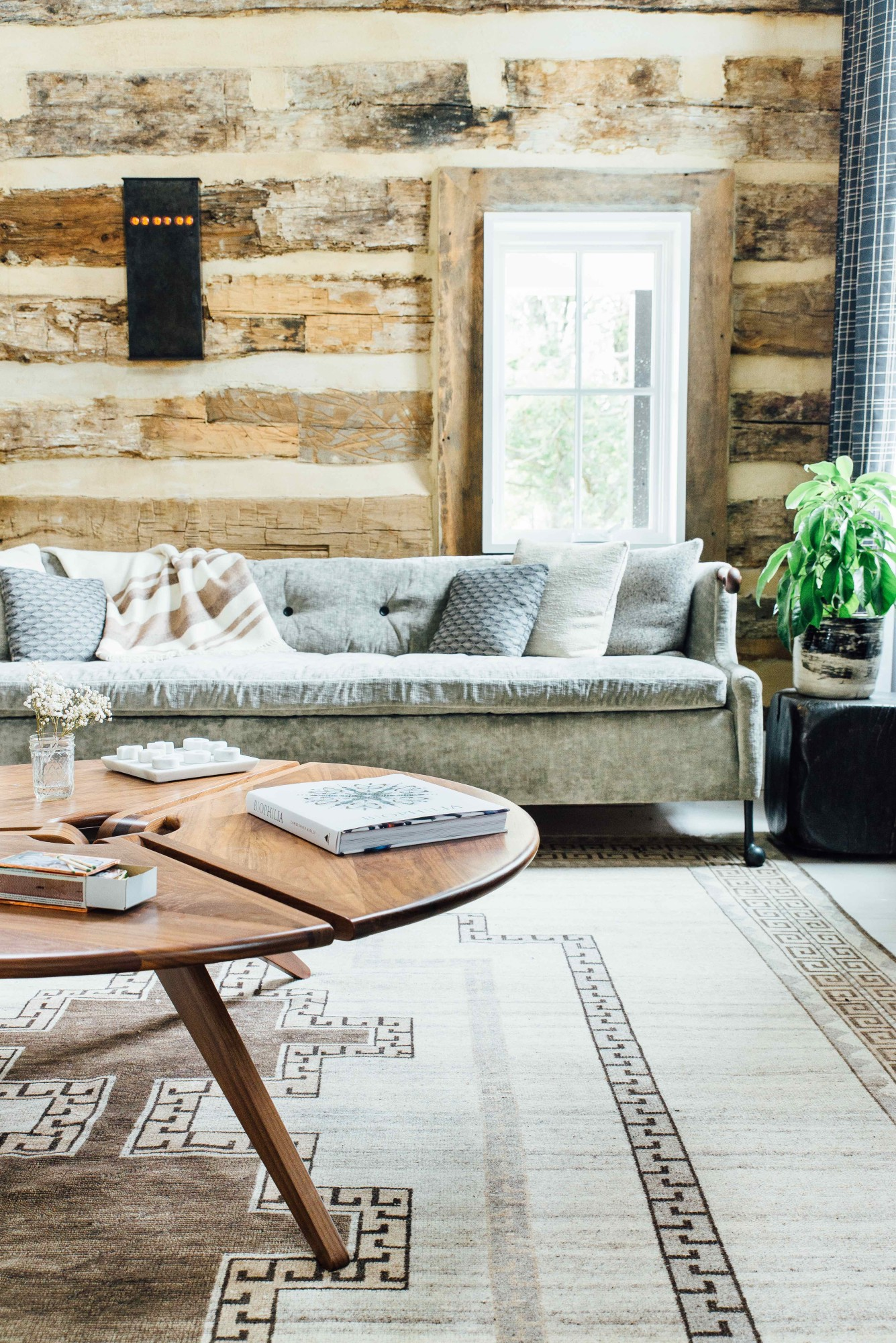 NoMad Luxuries Industrial farmhouse home tour for Fall