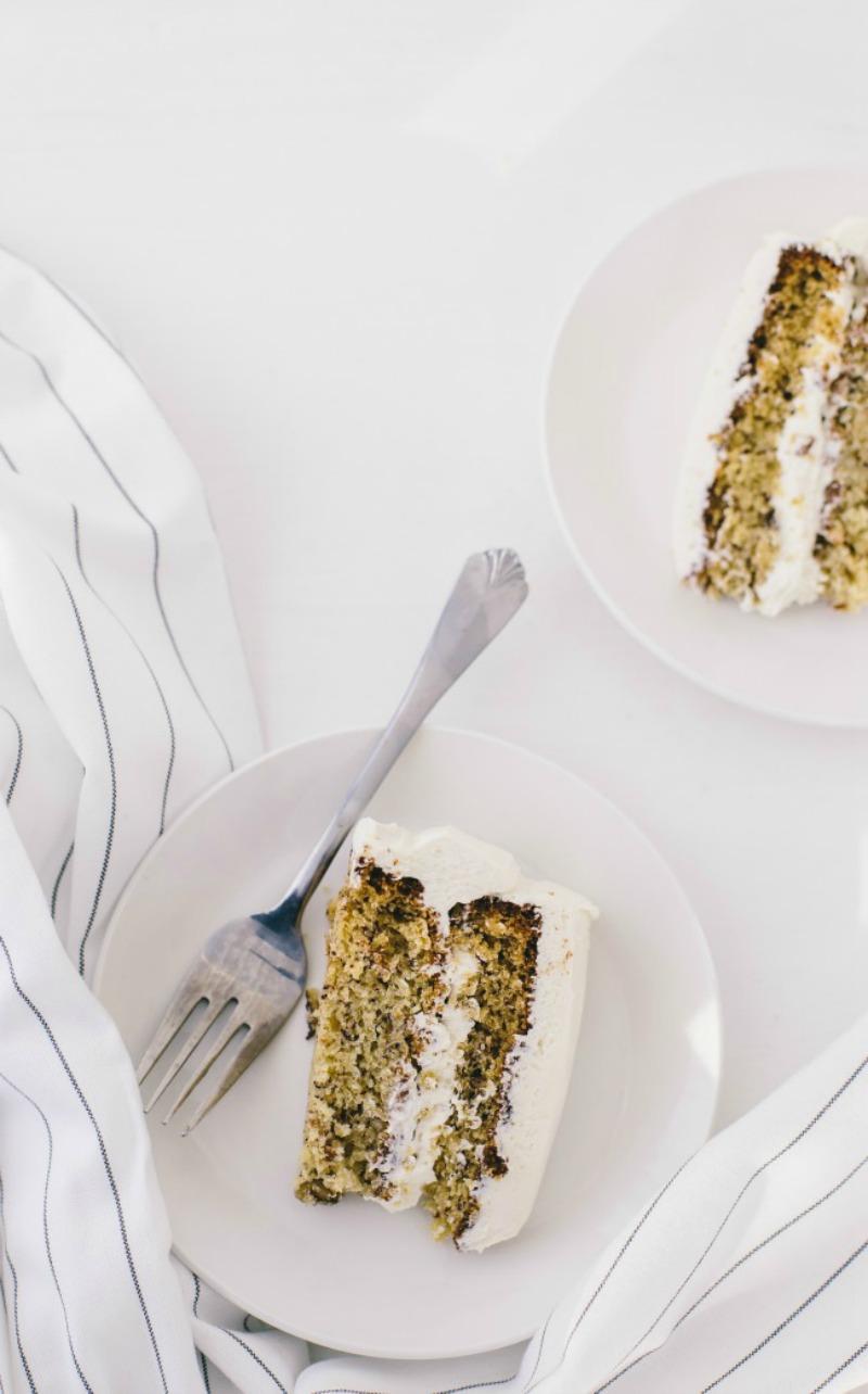banana cake 800