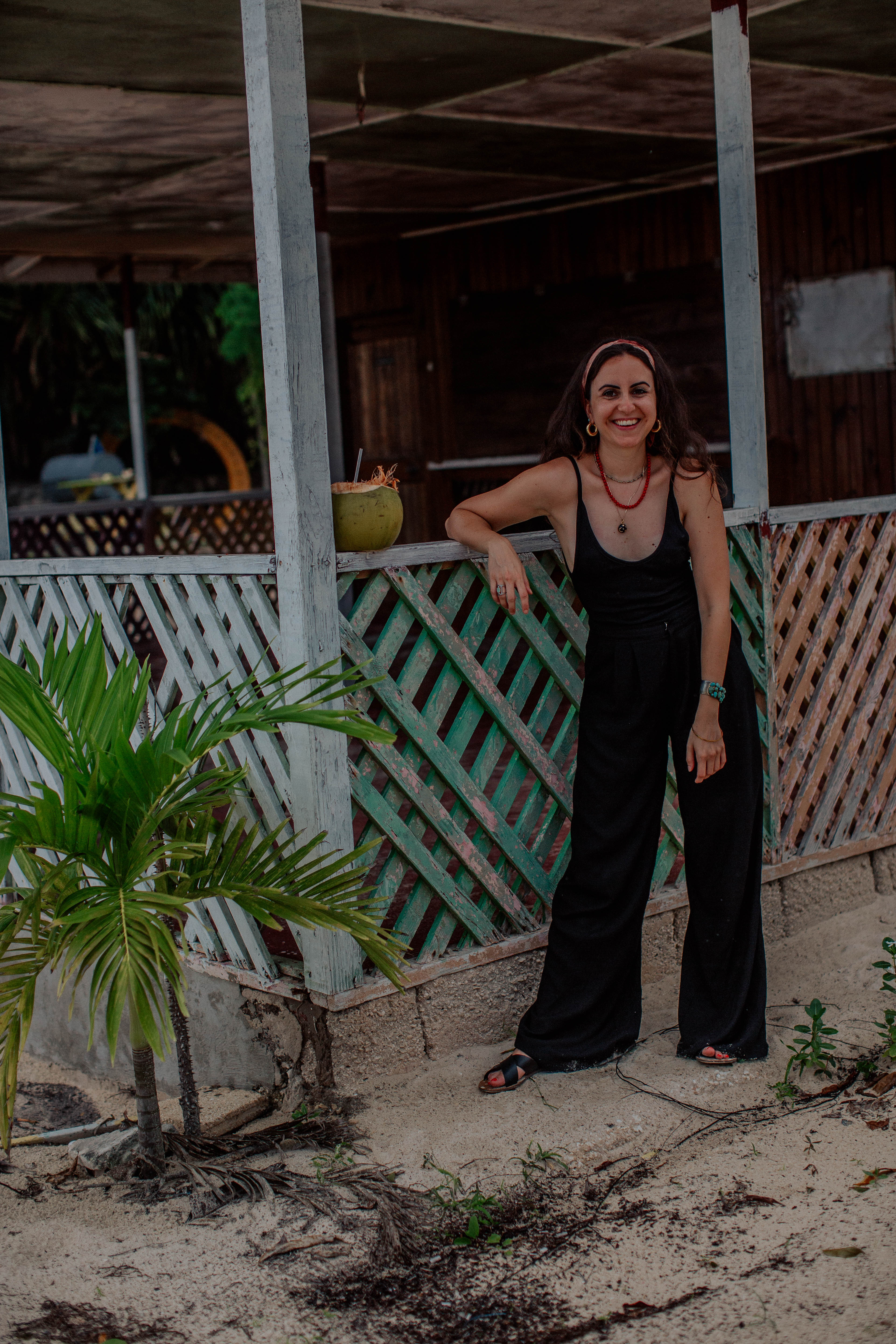 sharing a mini guide on NoMad Luxuries that includes a roundup of where to stay, eat and what to do in Negril, Jamaica and inspiration for a boho look perfect for island life....