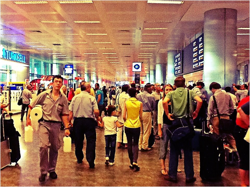Nomad luxuries image of busy airport during Istanbul travels