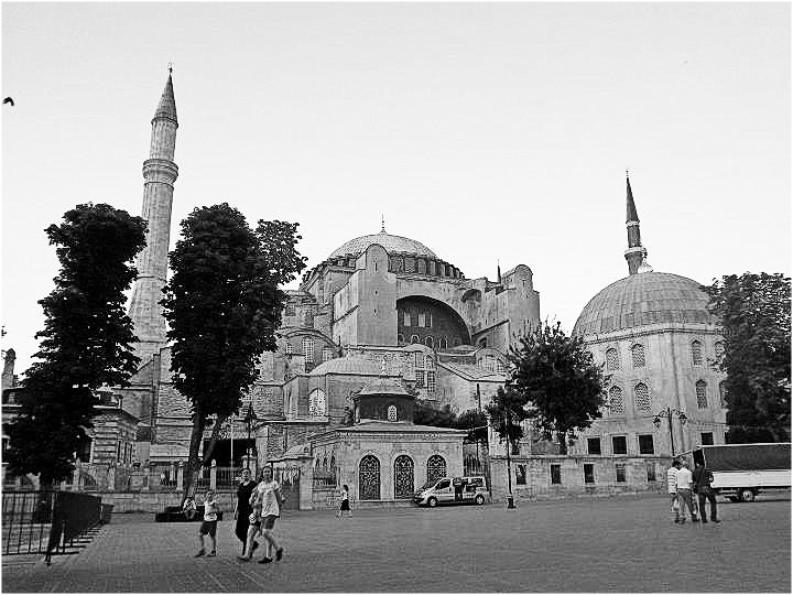 Nomad Luxuries black and white image of the Agia Sofya church.
