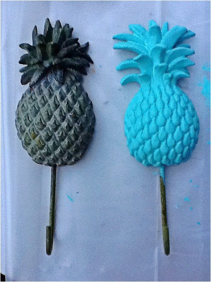 Nomad Luxuries photo displaying a before and after of pineapple hooks.
