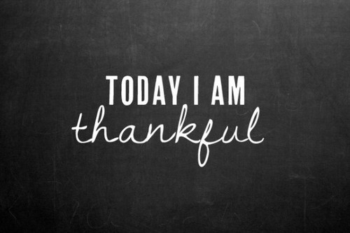 Nomad Luxuries photo graphic of a thankful quote.